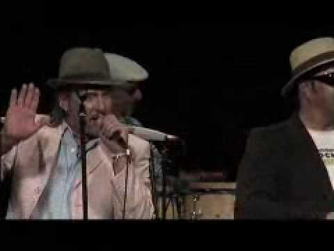 """Los Dos y Companeros - Song """"DANZN"""""""